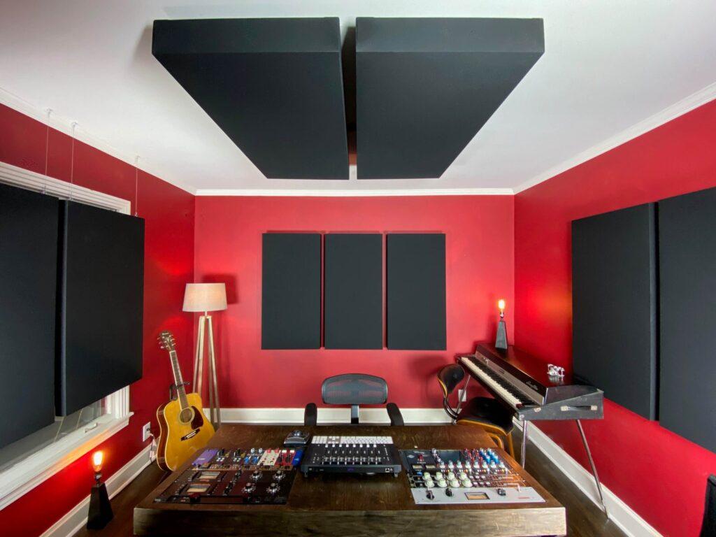 چگونه استودیو خانگی را ضد صدا و آکوستیک کنیم